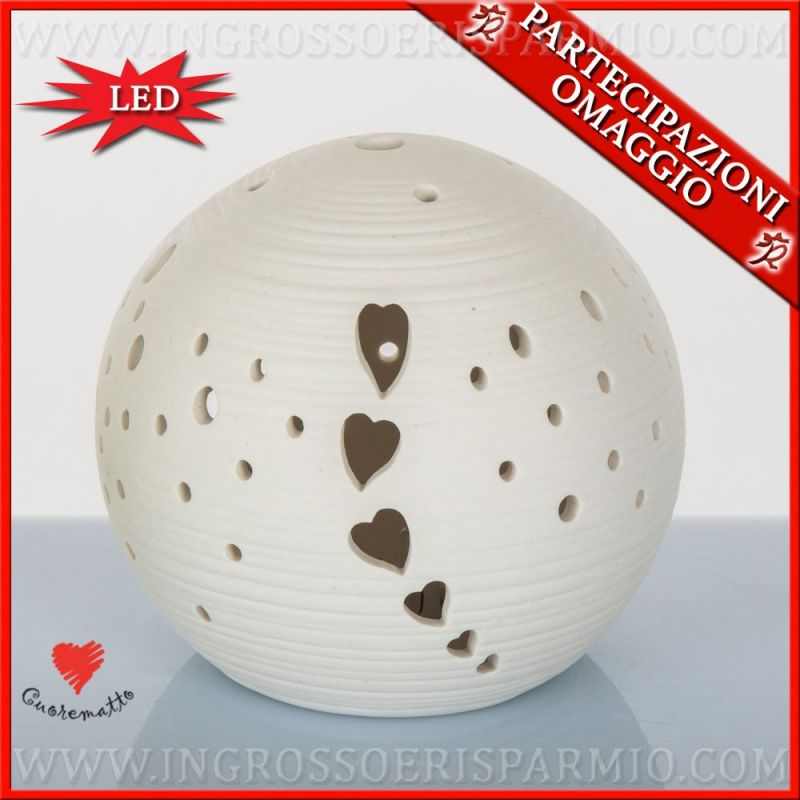 Lampade da comodino sfera in ceramica bianca traforata for Basi in ceramica per lampade da tavolo