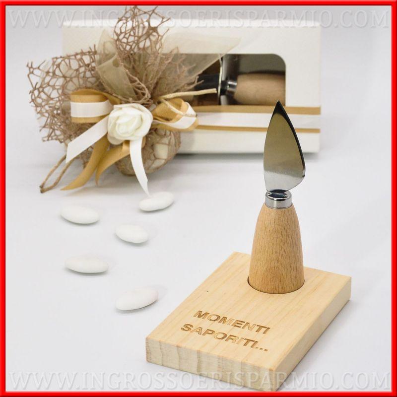 Idee Per Matrimonio Country Chic : Coltello formaggio con base legno idee regalo bomboniere