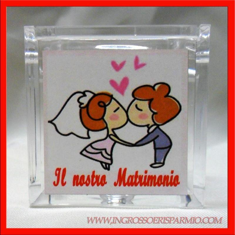 Scatola plex nozze bacio sposi confettata economica for Recinzione economica fai da te