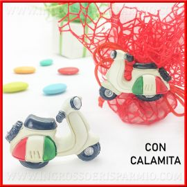 CALAMITA VESPA ITALIA IDEE COMPLEANNO BAMBINO/RAGAZZO OFFERTA BOMBONIERE ECONOMICHE
